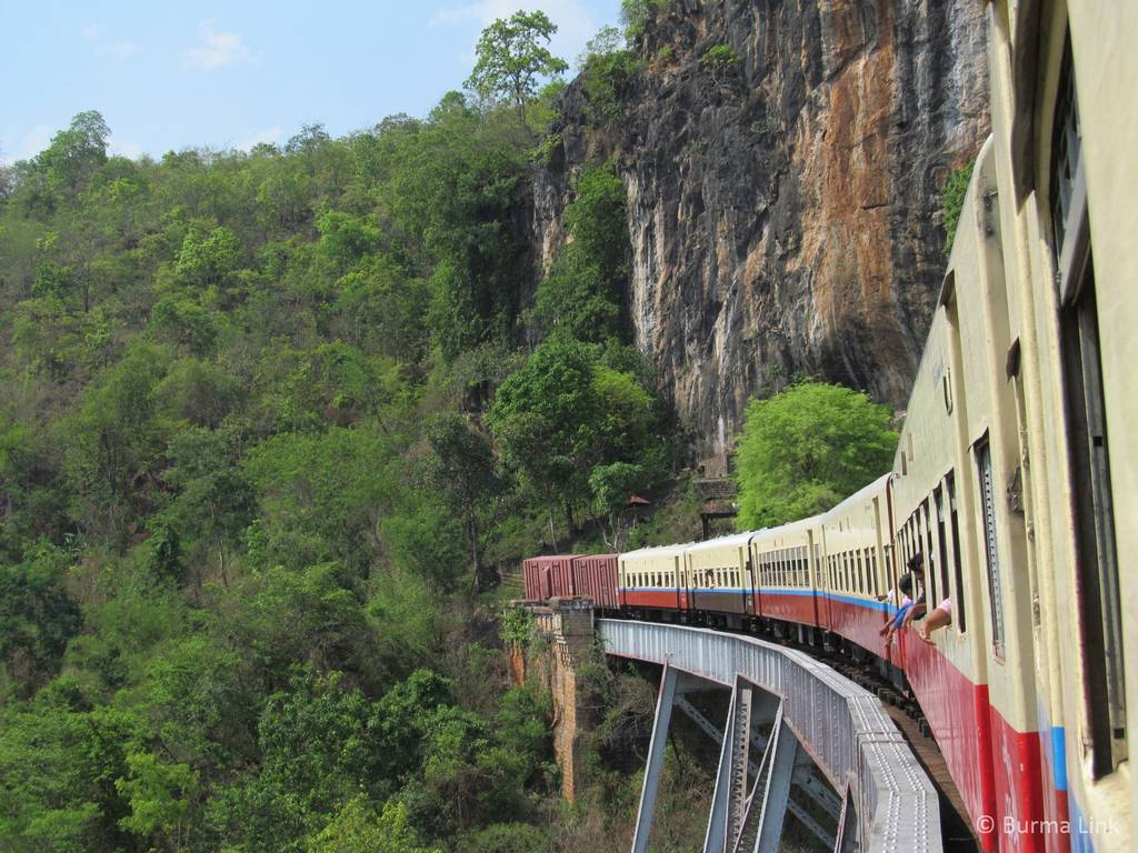 Train from Lashio to Pyin U Lwin