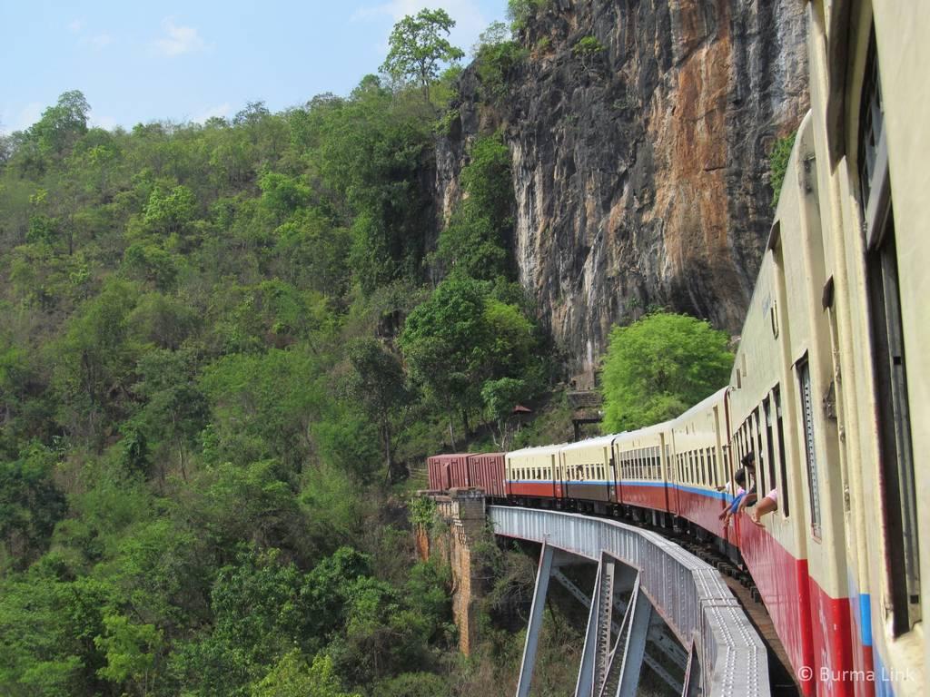 Train from Lashio to Pyin U Lwin