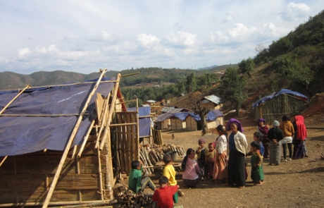 Burma Army Attacks Displaced 3,000 Palaung Civilians: Rights Group