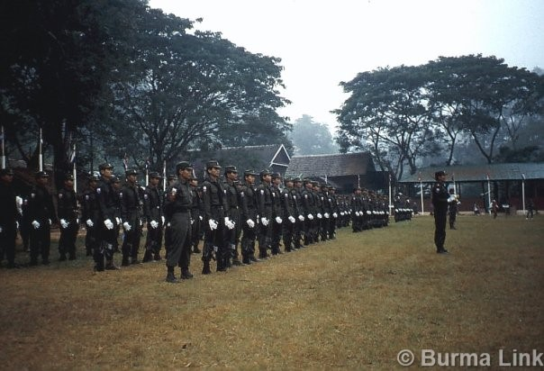 Soldiers lined up in Manerplaw in 1994. (Photo: Thierry Grandidier)
